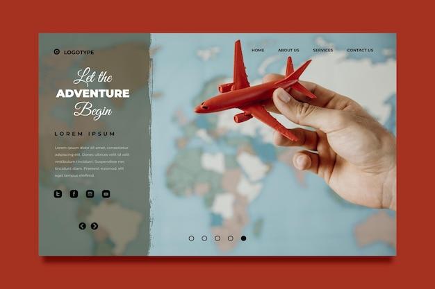 Modello di pagina di destinazione dell'avventura piatta con foto