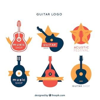 Assortimento piano di loghi colorati di chitarra