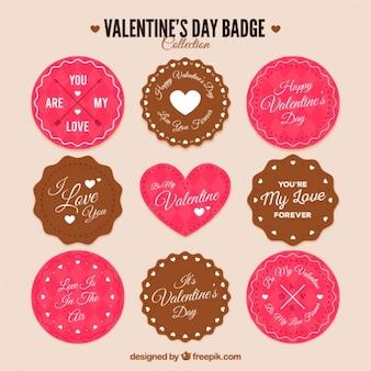Badge piatto con differenti disegni pronti per san valentino