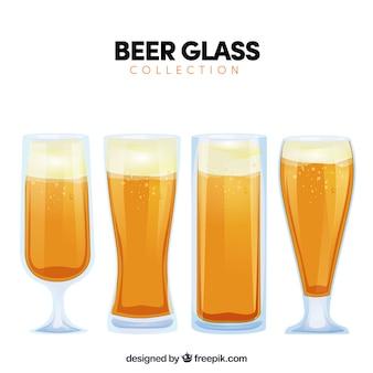 Bicchiere da birra piatto e collezione di tazze