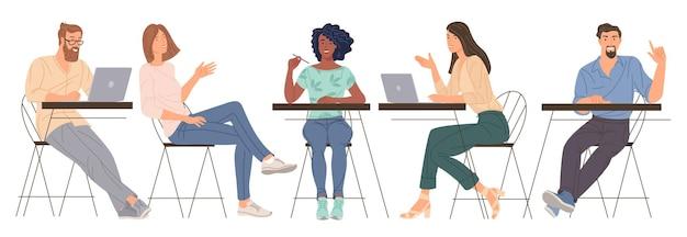 フラットなデザインのベクトル漫画オフィスで働く若い男性と女性の多様なキャラクター。