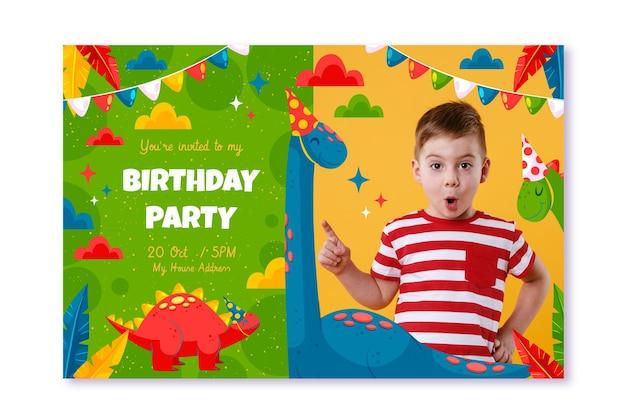 사진이있는 평면 공룡 생일 초대장 템플릿