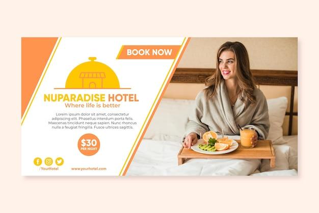 Modello di banner orizzontale hotel piatto con foto