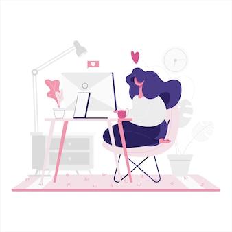 Плоская иллюстрация девушки работая от дома.