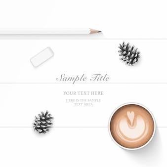 평평하다 평면도 우아한 구성 종이 소나무 콘 연필 지우개와 커피 나무 배경.