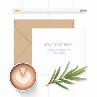 평평하다 평면도 우아한 흰색 구성 종이 갈색 크 라프 트 봉투 연필 커피와 나무 배경에 타라곤 잎.