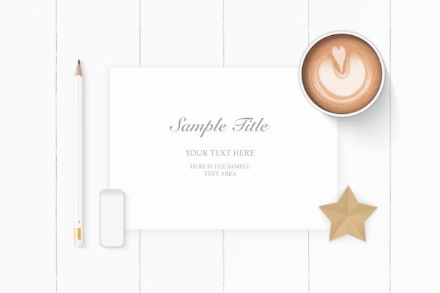 평평하다 평면도 우아한 흰색 구성 종이 연필 지우개 스타 공예와 나무 배경에 커피.