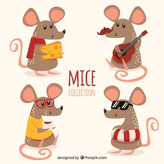 Flat mice collection with different poses