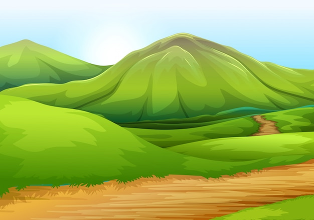 Ровная природная дорога к холму