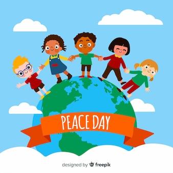 Плоский мирный день детей, держась за руки
