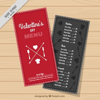 Плоский меню ресторана готов ко дню святого валентина