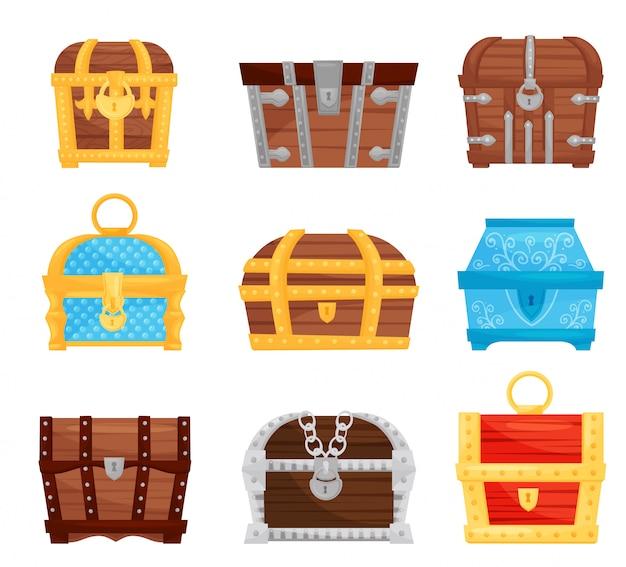 Плоский набор различных сундуков с сокровищами. деревянные и металлические ящики для хранения с замками. игровые активы