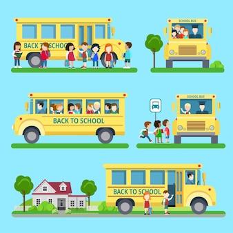 Плоский набор иллюстрации ситуаций школьного автобуса. образование и знания, концепция «обратно в школу». автовокзал, сбор детей, погрузка, разгрузка группы школьников.