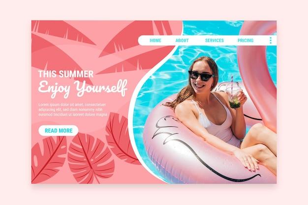Плоский летний шаблон целевой страницы с фото