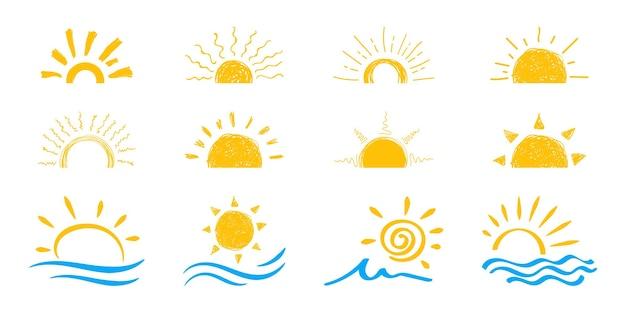 平らな太陽のアイコン。太陽のピクトグラム。ウェブサイトのデザイン、ウェブボタン、モバイルアプリのトレンディなベクトル夏のシンボル。ベクトル落書き太陽。