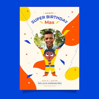 フラットスーパーヒーローの誕生日の招待状のテンプレート