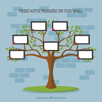 Плоское дерево с фоторамками на стене