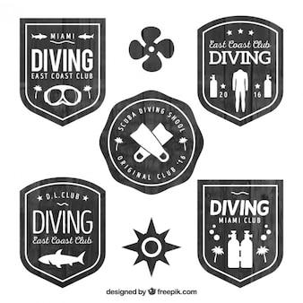 Flat wooden diving badges