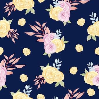 紫と黄色のバラの花のシームレスパターン