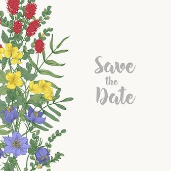 ボーダーで飾られた花の正方形のsavethe dateカードテンプレートは、白い背景にゴージャスな野生の咲く牧草地の花と花のハーブで構成されていました。