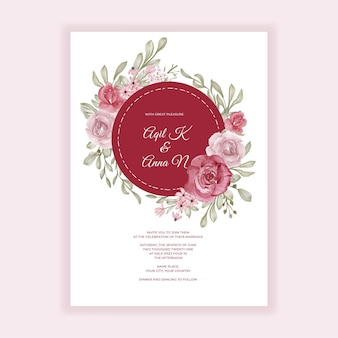 Floral wedding invitation with pink and burgundy decoration