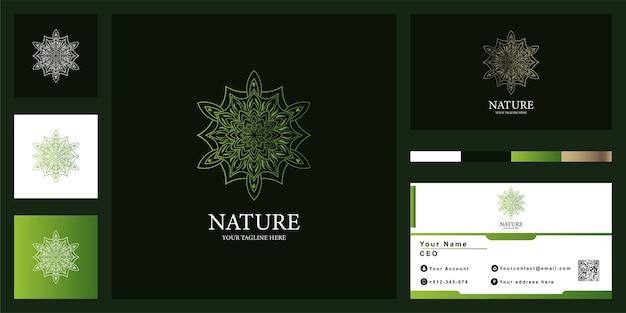Цветок, мандала или орнамент роскошный дизайн шаблона логотипа с визитной карточкой.