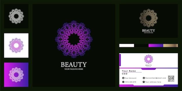 명함이 있는 꽃, 만다라 또는 장식용 고급 로고 템플릿 디자인.
