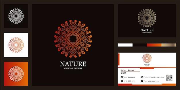 비즈니스 카드와 꽃, 만다라 또는 장식 럭셔리 로고 템플릿.