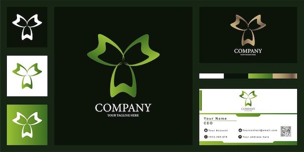 명함이 있는 꽃 또는 장식 고급 로고 템플릿 디자인