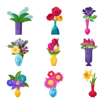 花瓶の花の美しい花の花束の装飾と新鮮な春の花の花の束。チューリップ、白で隔離される水のガラスのバラのイラスト開花セット