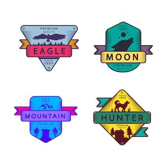 イーグルとハンター、月と山のセットのロゴを飛ぶ。カラフルな品揃えの商標プレミアム品質。狼と熊の遠吠え
