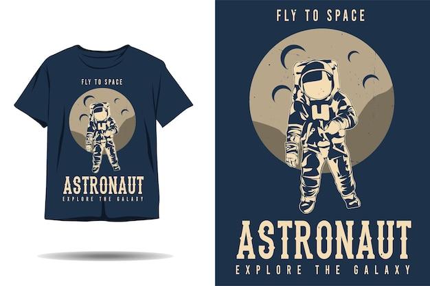 우주 비행사로 비행하는 우주 비행사는 은하계 실루엣 티셔츠 디자인을 탐험합니다.