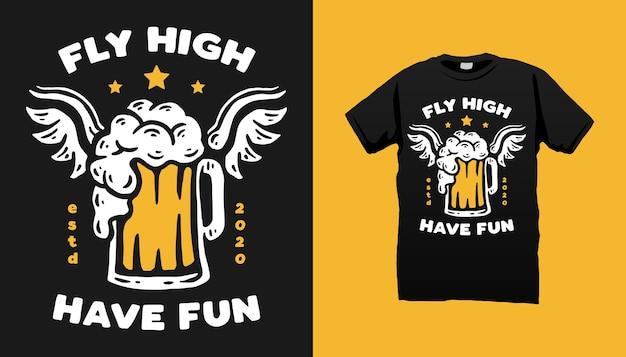 Дизайн футболки с изображением летающего пива