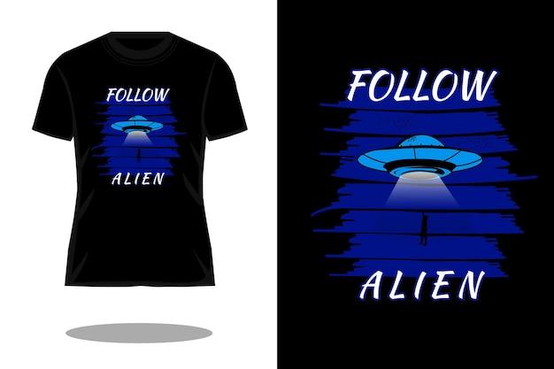 エイリアンのシルエットのtシャツのデザインに従ってください