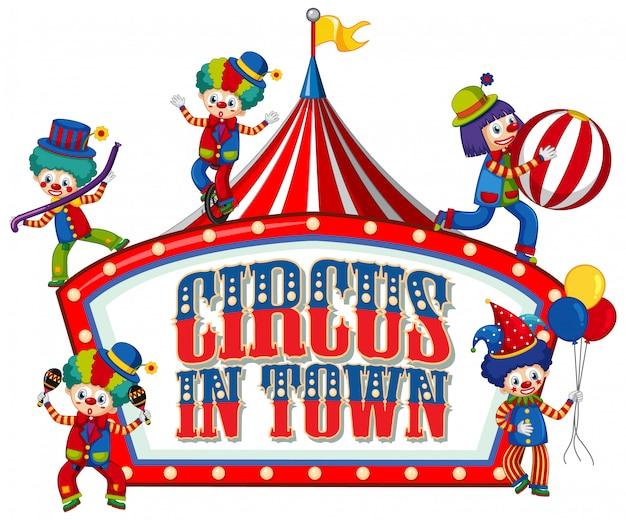 Design dei caratteri per la parola circo in città con molti clown nel circo