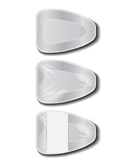 白いラベルが付いた食品プラスチック製の白いトレイ。発泡スチロールの食品保管。泡食器、食品用空箱。上面図