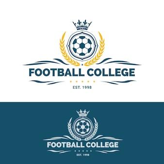 サッカーロゴ、サッカーロゴ、アメリカのサッカーチームのラベル。サッカーボールのエンブレム。ベクトル図
