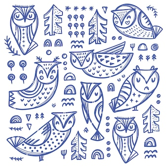 Коллекция лесных сов вариации птиц с деревьями и другими растениями в синем цвете на белом фоне рисованный мультфильм