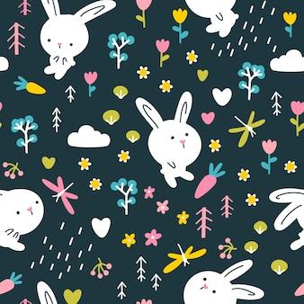 森のウサギのシームレスなパターン。花とトンボのかわいいキャラクター。暗い背景の保育園のイラスト。