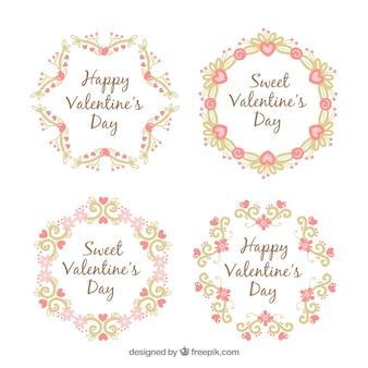 발렌타인 데이를위한 아름다운 디자인의 4 개의 꽃 화환
