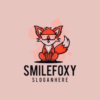 Дизайн логотипа fox