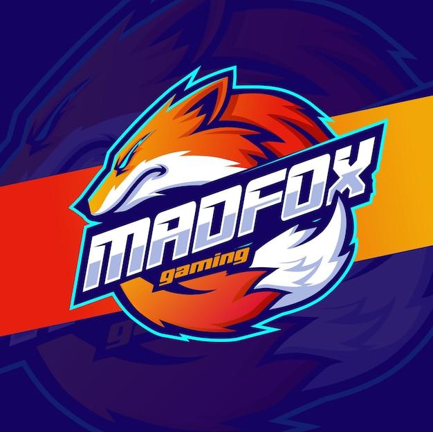 ゲームとスポーツのロゴのキツネのマスコットデザインのキャラクター