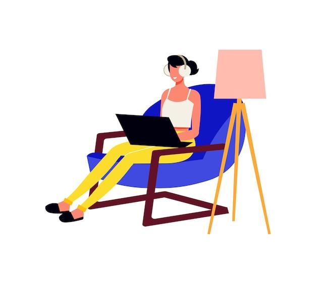 フリーランスの人々はラップトップとランプで肘掛け椅子に座っている女性と作曲をします