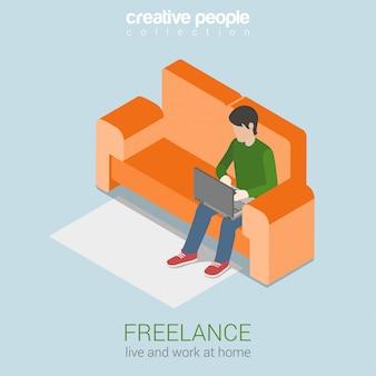 Illustrazione isometrica di lavoro freelance a casa libero professionista giovane sul divano, lavorando sul portatile