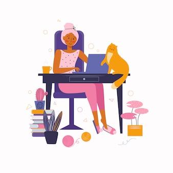 Freelance. удаленная работа из дома. молодая женщина работает онлайн на ноутбуке из дома. проводить время дома.
