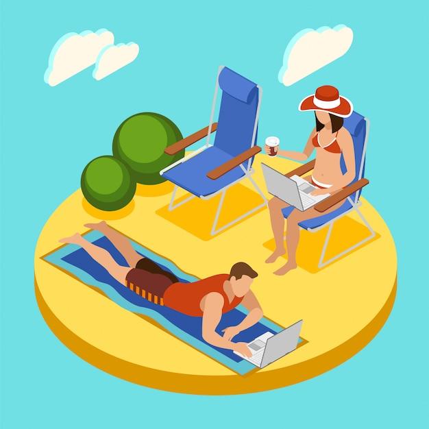 Фрилансеры круглогодично изометрической композиции с парой, работающей на ноутбуках, отдыхая на пляже в купальных костюмах