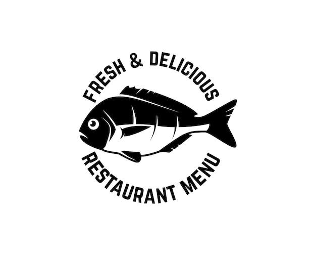 Свежие морепродукты. шаблон этикетки с рыбой.