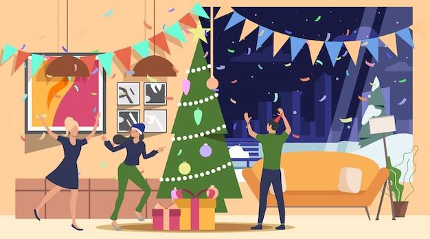 Amici che celebrano la landing page di capodanno