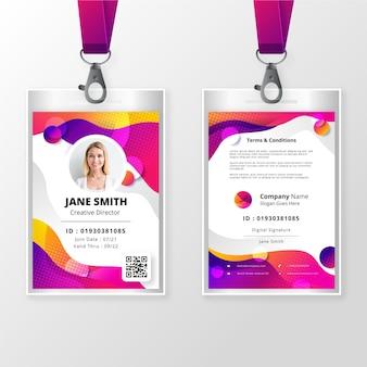 Modello di badge identificativo anteriore e posteriore con foto