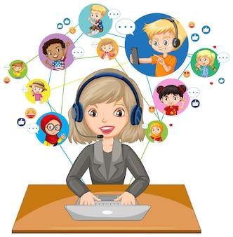 흰색 배경에 학생들과 화상 회의를 의사 소통을 위해 노트북을 사용하는 교사의 전면보기